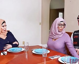 Banging ex muslim busty mom and daugther - https://fapfor.fun/search.php?search=446211