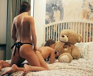 2 Lesbians college roommates have sex in front of teddy bear with a strapon fake penis and receives cumshot in mouth. This is free preview trailler from Plushies TV starring Eve S and Rebeka Ruby and plush plaything teddy bear Brownie with big black cock