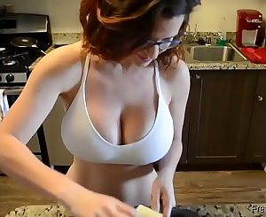 Amateur sluty Mummy with big tits gets fucked and creampie