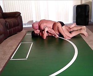Playful wrestling mitt in creampie