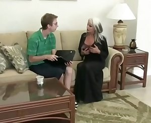 Nerd Fucks Mature Bimbo